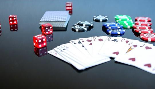 Xử lý hành vi đánh bạc ăn tiền